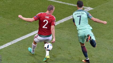 Cristiano Ronaldo marque contre la Hongrie