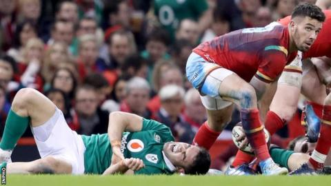 Conor Murray was injured in Ireland's Six Nations match against Wales on 10 March