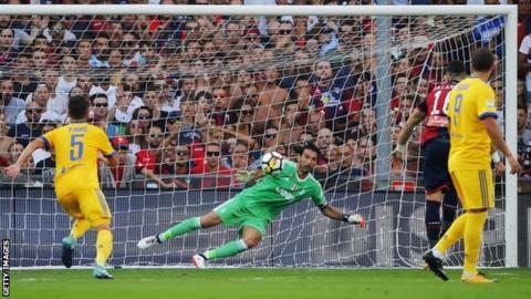 Genoa score penalty