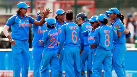 India celebrate their victory
