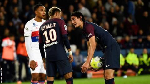 PSG forwards Neymar and Edinson Cavani
