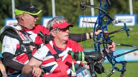 GB archers John Walker and Jo Frith