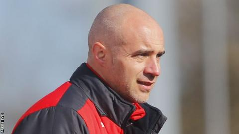 Cliftonville manager Gerard Lyttle