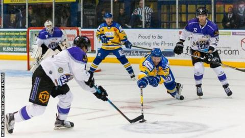 UK: Ice Braehead Clan Beat Fife Flyers Twice