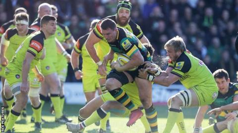 Louis Picamoles charges forward for Northampton