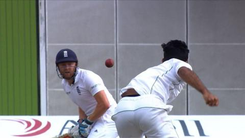 Bairstow dismissal prompts England declaration on 589-8