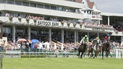 Stalls handler Stephen Yarborough dies following incident before race at Haydock