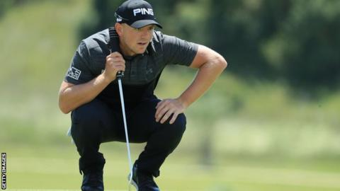 Matt Wallace fends off challengers to win the Open de Portugal