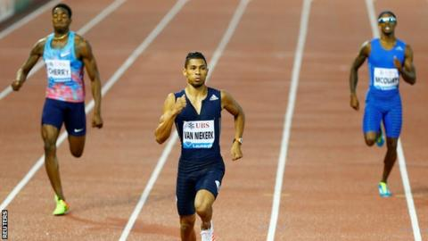 Wayde Van Niekerk Runs Fastest 400m Of The Season With Insane Ease