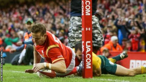 Hallam Amos in action for Wales against Australia