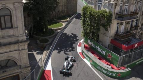 Pressure led to 'beautiful' qualifying lap - Hamilton