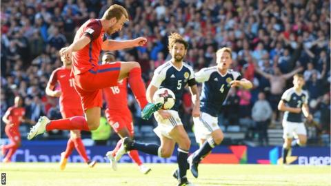 Harry Kane scores a 93rd minute equaliser for England at Hampden