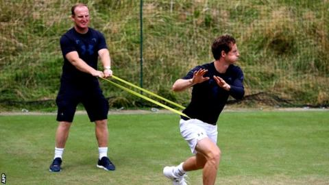 Murray and Konta face tough tests in second round