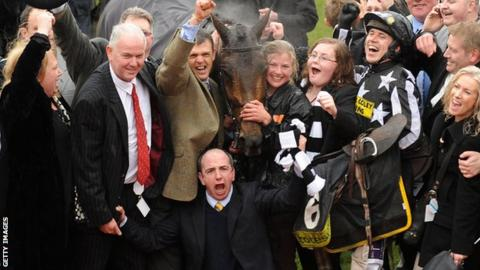 Imperial Commander and team celebrate winning the Gold Cup at the Cheltenham in 2010
