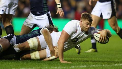 George Kruis scores a try for England against Scotland in the 2016 Six Nations