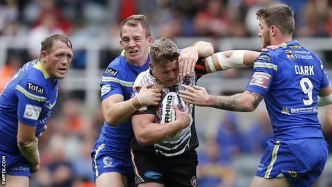 Warrington tackling Castleford's Adam Miller