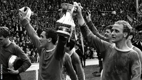 Alex Young (right) lifts the FA Cup with Everton in 1966