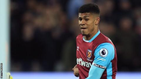 Ashley Fletcher: Middlesbrough agree deal for West Ham United striker