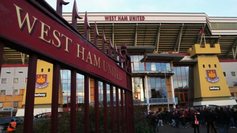 West Ham United v Manchester United