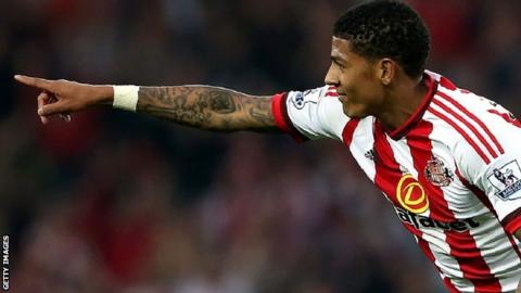 Patrick van Aanholt signs new Sunderland deal