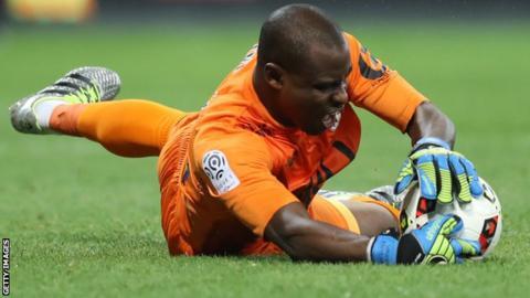 Former Nigeria goalkeeper Vincent Enyeama