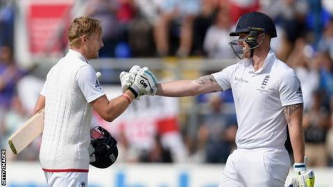 Joe Root (left) and Ben Stokes (right)