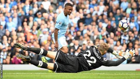 Man City put five past 10-man Liverpool