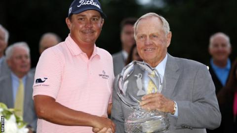 Jason Dufner (left) and Jack Nicklaus
