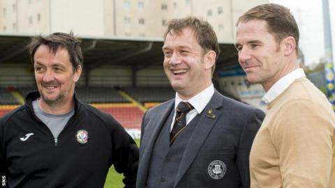 Thistle Weir Youth Academy director Gerry Britton, Partick Thistle managing director Ian Maxwell and manager Alan Archibald