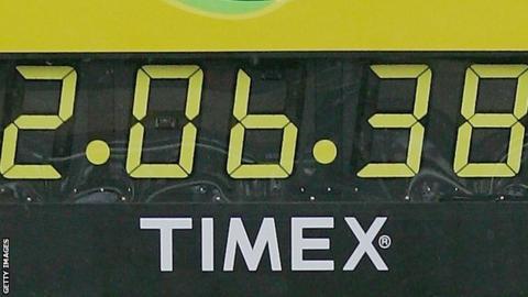 Marathon clock