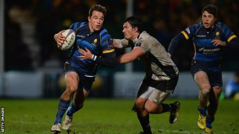 Alex Grove (left) in action for Worcester Warriors