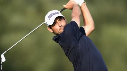 Levy takes 4-shot lead into European Open final round