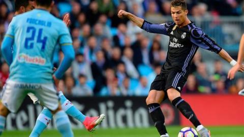 Real Madrid beat Celta Vigo to close on title