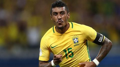 Paulinho joins Barcelona from Guangzhou Evergrande