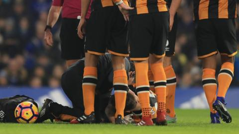 Hull City midfielder Ryan Mason suffers a fractured skull playing against Chelsea
