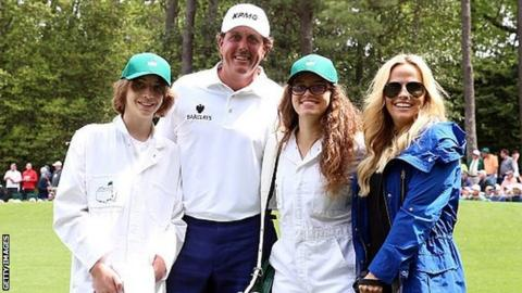 Mickelson to skip U.S. Open for kid's graduation