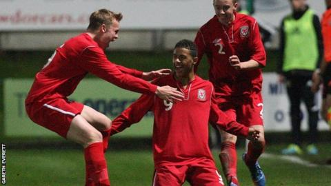 Tyler Roberts scores for Wales Under-16s v Scotland Under-16s (Victory Shield match, Aberystwyth, October 2013)