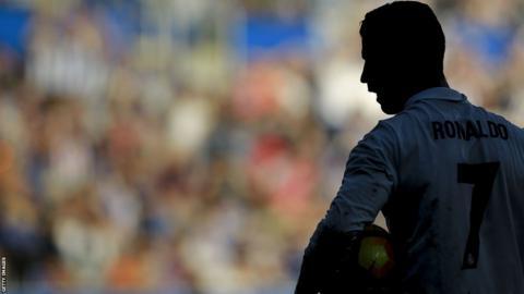 Cristiano Ronaldo en action contre Alaves