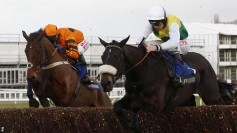 Many Clouds (right) and Thistlecrack
