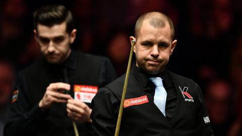 Barry Hawkins and Mark Selby