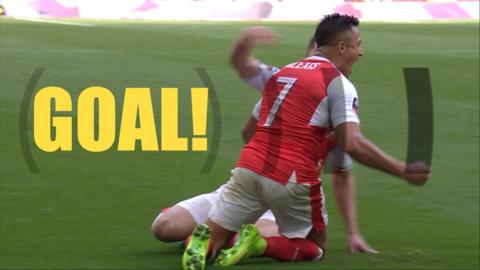 Sanchez gives Arsenal the lead