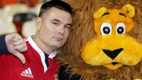 Two sad Lions fans