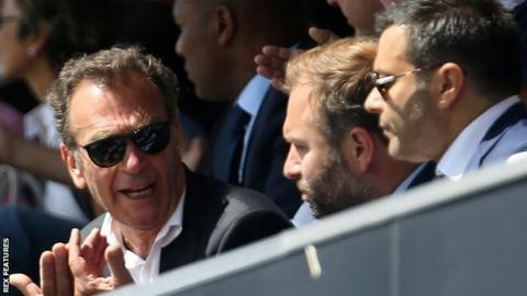 Cellino sells stake in Leeds
