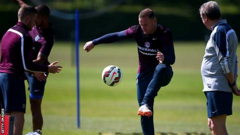 Wayne Rooney and England training