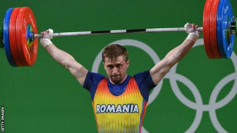Gabriel Sincraian lifting during the Rio 2016 Olympic Games