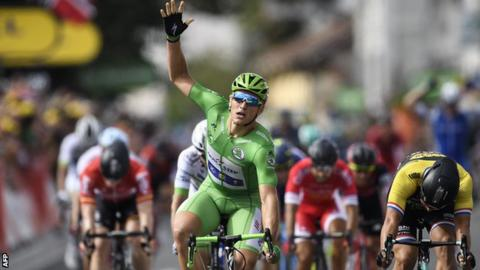 Kittel wins stage 11 as Froome retains overall lead at Tour de France