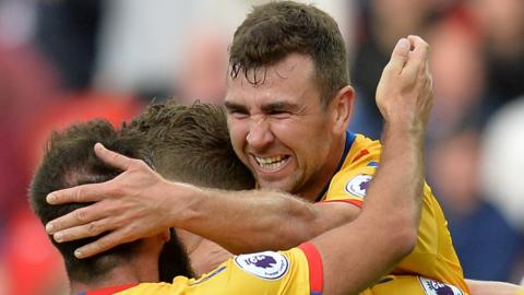 James McArthur celebrates with Crystal Palace