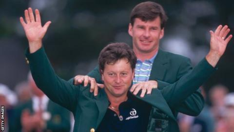 Ian Woosnam receives the green jacket from Nick Faldo after winning the 1991 Masters