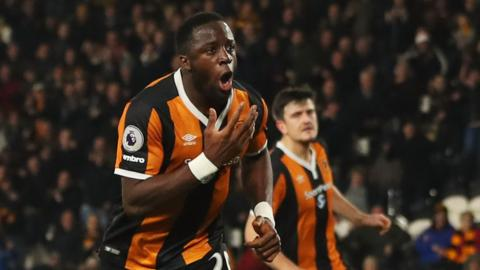 Adama Diomande of Hull celebrates