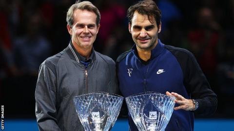 Roger Federer (left) and Stefan Edberg